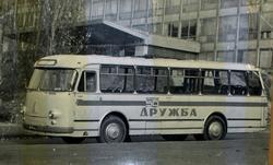 ЛАЗ-695М возле Дворца Спорта